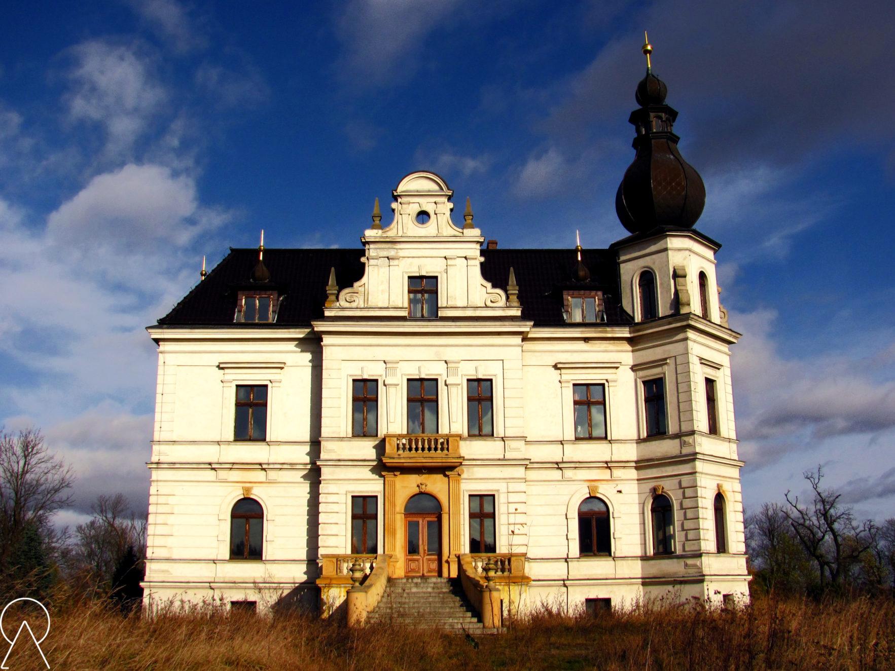 Pałac wBiskupicach Podgórnych